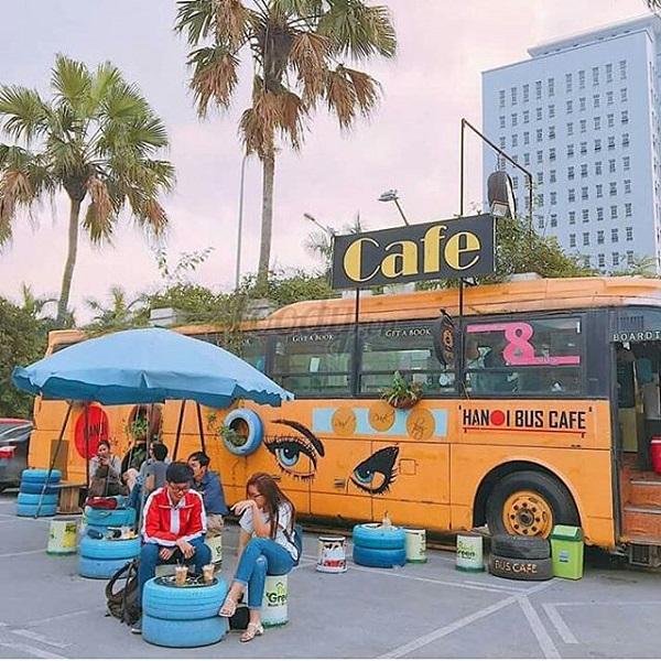 """Bỏ túi """"nhanh gọn lẹ"""" địa chỉ quán cafe xe bus mới toanh, lãng mạn như phim Hàn tại Hà Nội đang khiến dân tình """"xôn xao"""""""