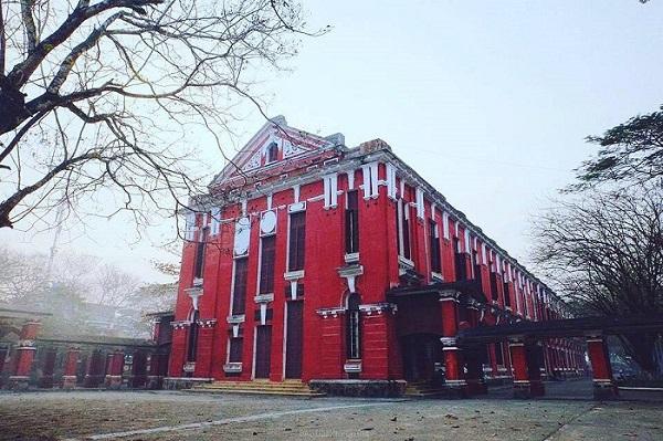 Thêm một ngôi trường sở hữu góc sống ảo triệu view tựa đại học danh tiếng Harvard