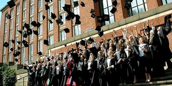 Tham khảo cách xét tốt nghiệp và thi đại học ở một số nước phát triển trên thế giới