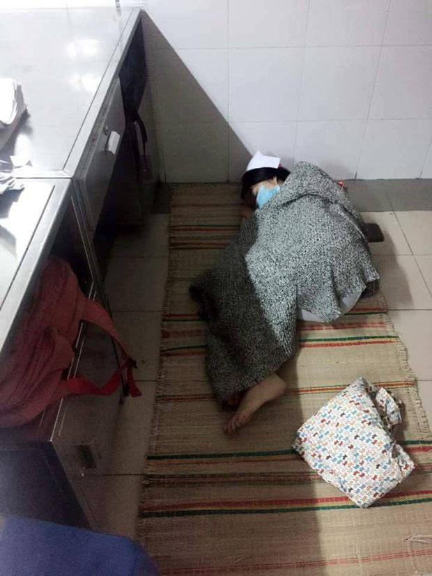 Và dần dần, những giấc ngủ thoải mái trên giường trở thành một thứ gì đó vô cùng xa xỉ.