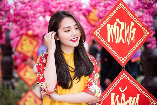 """Trương Bạch Diệp: Cô nữ sinh hát hay, đàn giỏi, ngàn người theo dõi nhưng """"sợ"""" bị gọi là """"hot girl"""""""