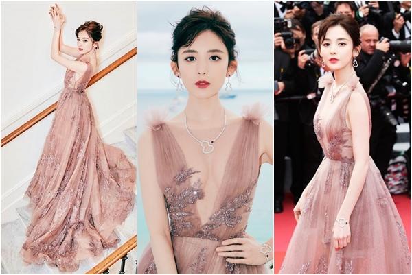 """Thêm 1 mỹ nữ Tân Cương tung """"bùa yêu"""" khiến CĐM """"đứng tim"""" hàng loạt tại Cannes 2018"""