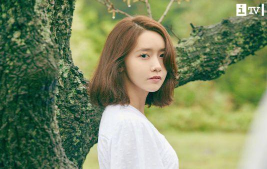 """Yoona – """"Tường thành nhan sắc"""" không có đối thủ suốt cả thập kỉ của giới idol Kpop"""