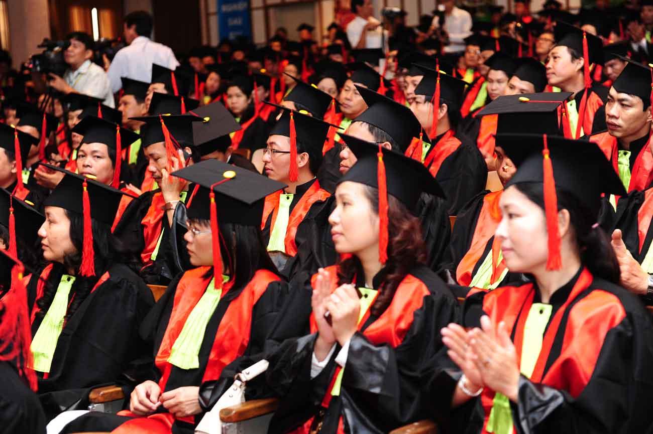 Nhiều đại học rút ngắn thời gian đào tạo xuống còn 3 năm