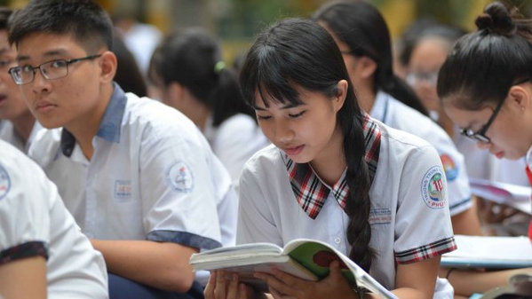 Điểm thi vào lớp 10 môn Toán: HCM nhiều điểm dưới 5, Hà Nội lại nhiều điểm khá giỏi