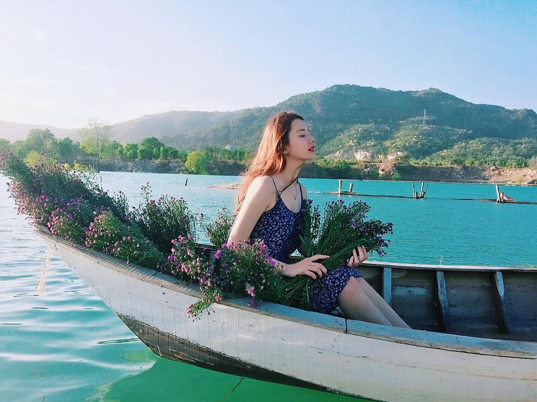 """Có một hồ Đá Xanh mới """"keng xà beng"""" đến là """"ảo tung chảo"""" ngay giữa lòng thành phố biển Vũng Tàu!"""