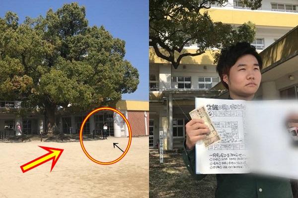 Tin lời hẹn họp lớp 8 năm trước, nam sinh đơn độc đứng giữa sân trường chửi thầm lũ bạn