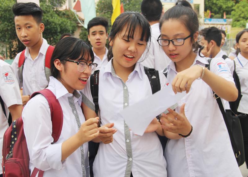 Dự đoán sự biến động điểm chuẩn lớp 10 bốn trường chuyên công lập Hà Nội