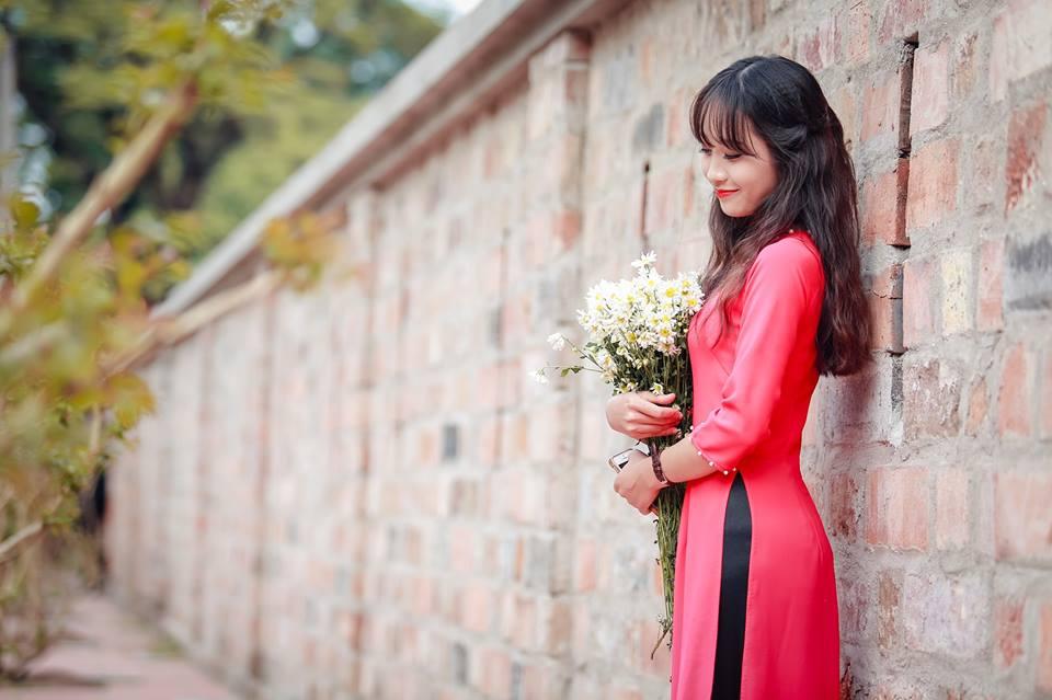 """Bỏ túi ngay """"4 địa điểm"""" lên """"concept"""" áo dài duyên dáng cho mùa kỉ yếu tại Hà Nội"""