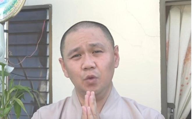 Trơ trẽn làm đạo diễn kịch thiếu nhi, Sở Văn hóa kêu gọi tẩy chay Minh béo