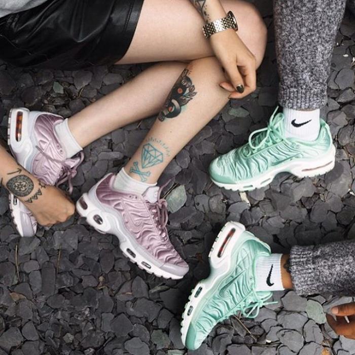"""Có lẽ nào Zara vừa ra mắt đôi sneaker được dự đoán sẽ """"hot"""" nhất năm 2017?"""
