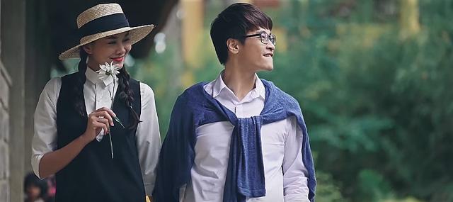 Ngắm lại những bộ đồ đôi nên thơ của Hà Anh Tuấn - Thanh Hằng trong MV mới