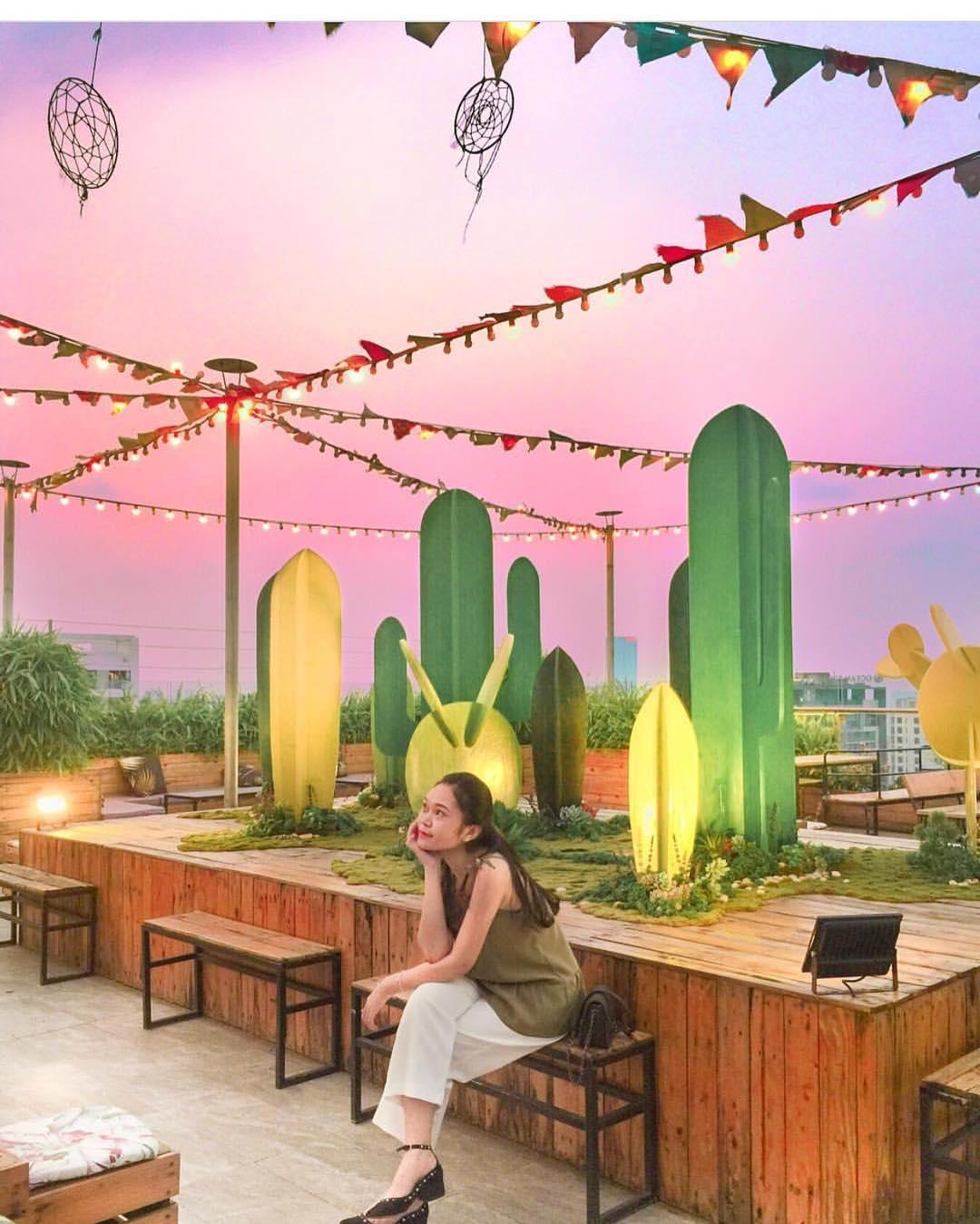 """Tận hưởng khoảnh khắc summer vibes """"chill hết nấc"""" ở Trill Rooftop café – quán café tầng thượng đẹp nhất Hà Nội"""