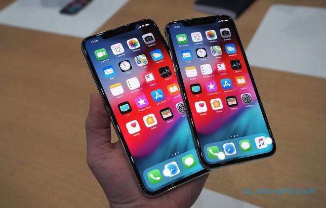 Rầm rộ quảng cáo đặt hàng iPhone Xs, iPhone Xs Max và iPhone Xr trong cộng đồng du học sinh Việt