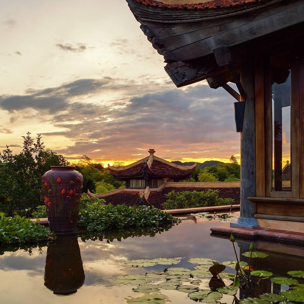 Khám phá Emeralda Ninh Bình Resort – khu nghỉ dưỡng cao cấp đẹp không góc chết khiến giới trẻ mê mẩn