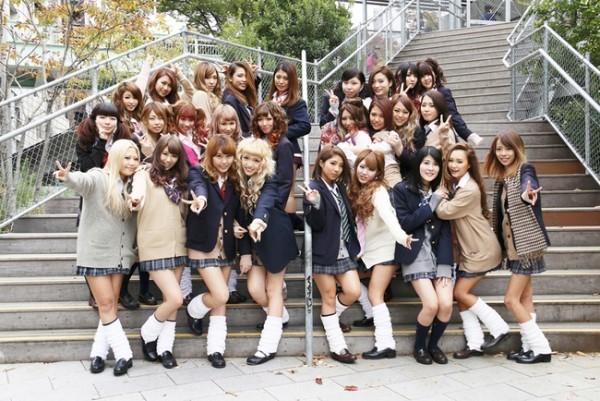 Bị nhà trường bắt nhuộm tóc, nữ sinh Nhật Bản kiện cả thành phố