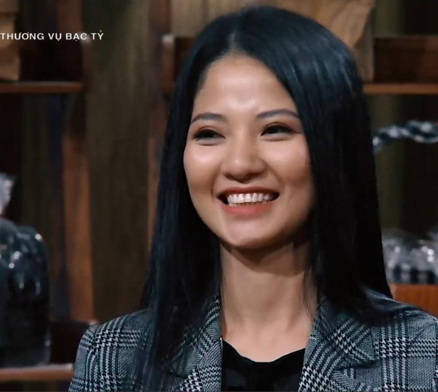 Gần đây, nữ CEO quý phái này đã đến với Shark Tank và gây ấn tượng mạnh khi kêu gọi được 3 tỷ đồng đầu tư vào công ty Lavita của chị.
