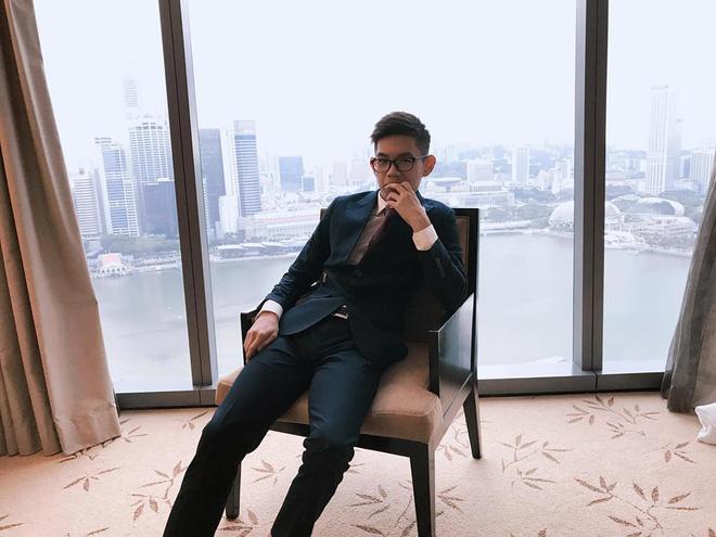 """Chàng trai 22 tuổi khoe mua xe gần 7 tỷ, cư dân mạng ai cũng kêu """"tào lao"""" cho đến khi biết sự thật ngỡ ngàng"""