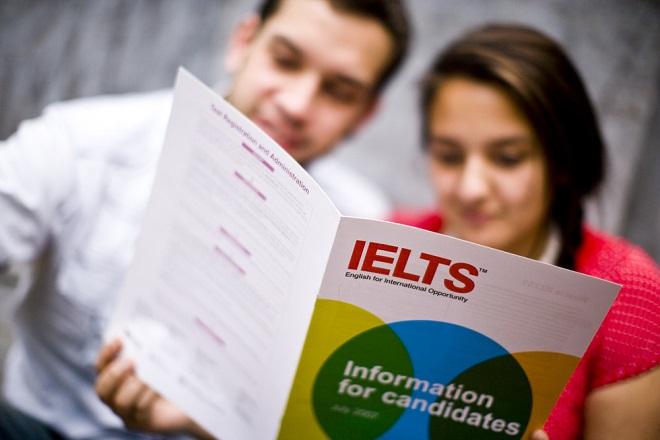 Đã bao giờ bạn đứng trước TOEIC và IELTS mà không biết nên chọn chứng chỉ nào?