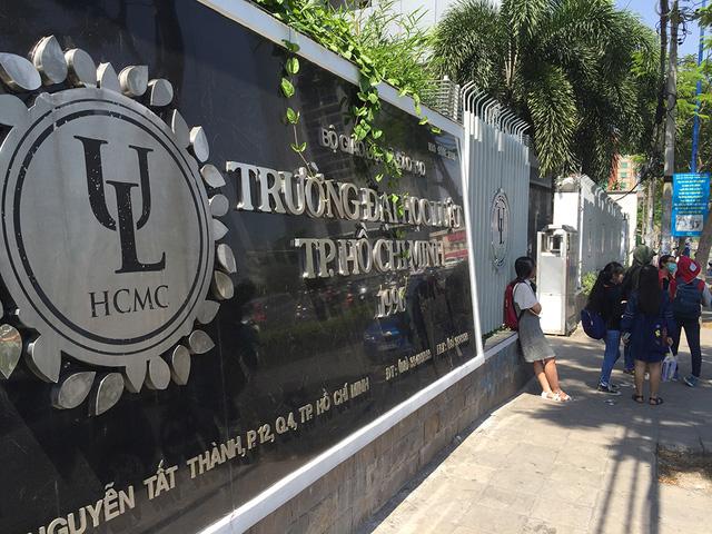 Học tập yếu kém, hàng trăm sinh viên Đại học Luật TP HCM có nguy cơ bị đuổi học