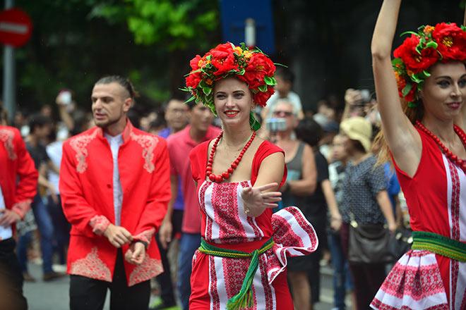 Фестиваль Карнавал-стрит в Ханое