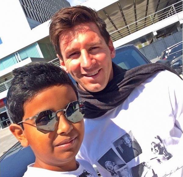 Cậu bé 15 tuổi ở Dubai khiến cả siêu sao Messi và Ronaldo phải ghé thăm là ai?