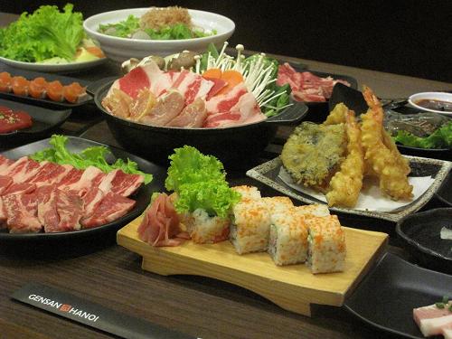 """Lẩu nướng Nhật Bản tung combo """"4 năm"""", rủ ngay nhóm bạn đi ăn thôi!"""