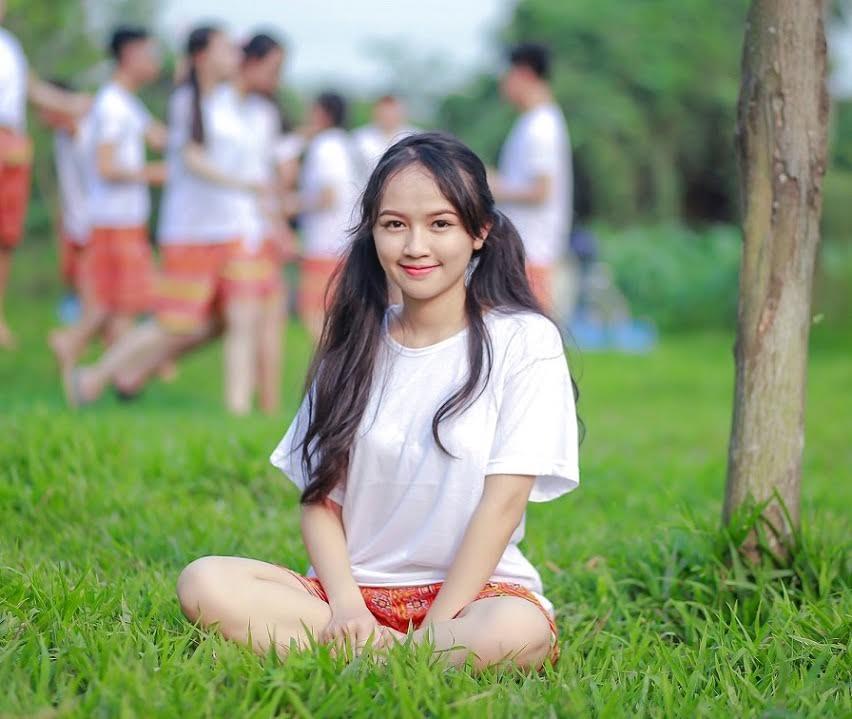 Nữ sinh xinh đẹp ở Hà Nội đạt 3 điểm 10 trong kỳ thi THPT quốc gia