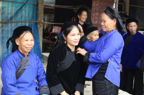 Tìm người yêu cũ ôn chuyện xưa tại lễ hội ở Lạng Sơn