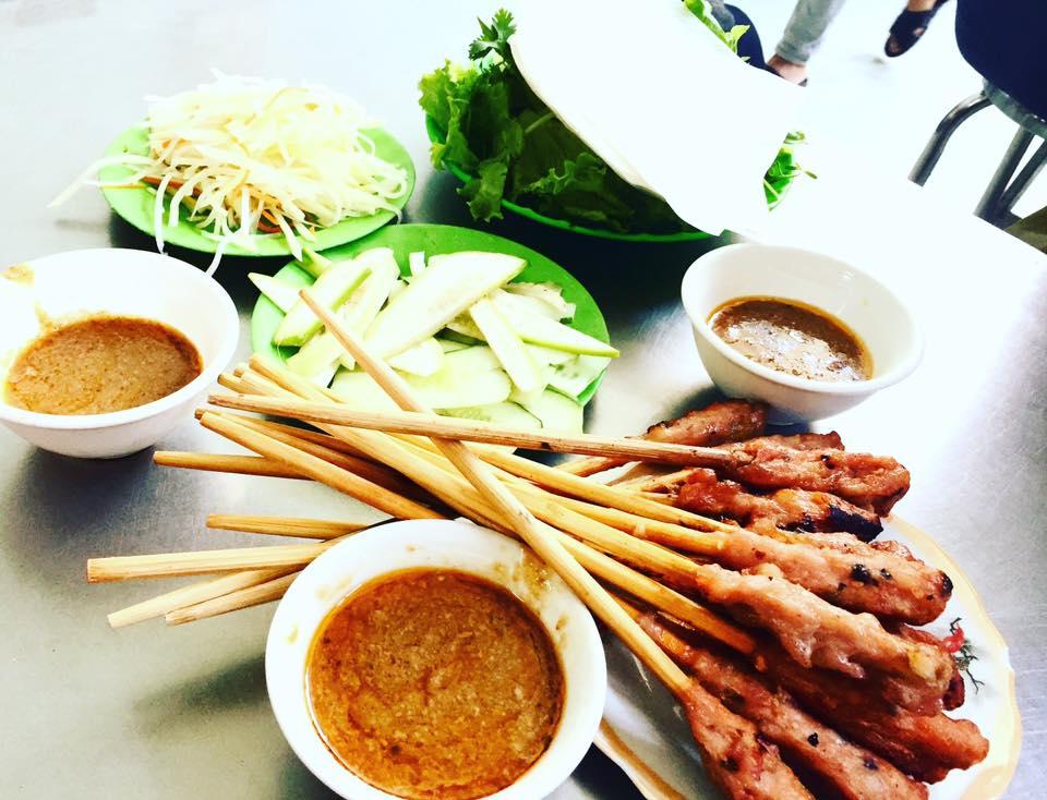 Hè này, lên lịch rủ hội bạn thân oanh tạc ẩm thực khắp các con hẻm Đà Nẵng
