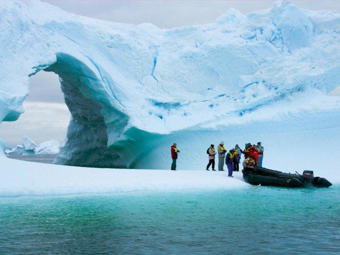 """Đến tận cùng Trái Đất để """"nhìn"""" thấy biến đổi khí hậu"""