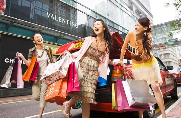 """5 bí kíp """"săn sale"""" Black Friday nhanh như chớp dành cho các tín đồ mua sắm"""