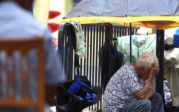 Hồng Kông là thành phố đắt đỏ bậc nhất hành tinh nhưng có hơn 1/5 dân số đang sống dưới ngưỡng nghèo