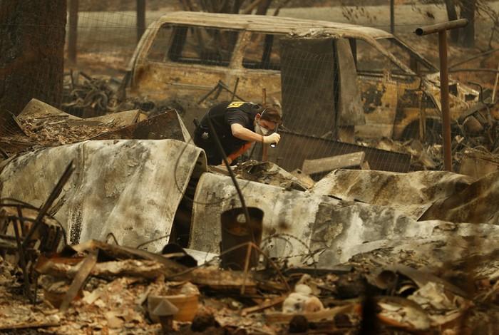 Thảm họa lớn nhất năm tại Mỹ: Cháy rừng xóa sổ hoàn toàn một thị trấn ở bang California
