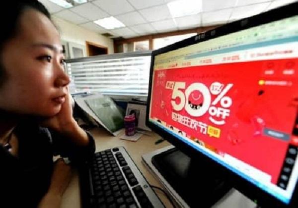 Rầm rộ đặt hàng giá rẻ từ các trang thương mại điện tử Trung Quốc dịp lễ Độc thân