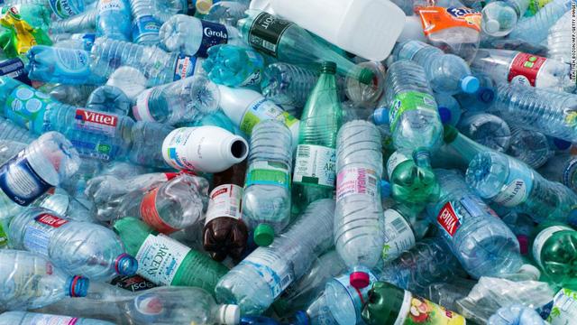 Việt Nam đứng Top 5 nước có lượng rác thải nhựa lớn nhất: Do ý thức sử dụng kém chứ không do sản xuất