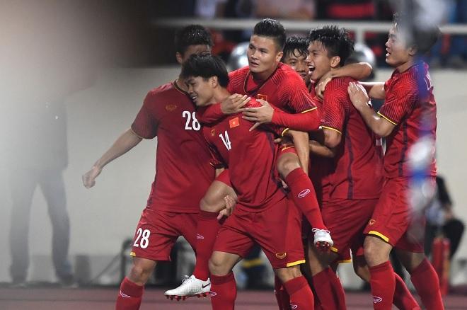ĐT Việt Nam được thưởng nóng hơn 1 tỷ đồng sau chiến thắng thuyết phục trước Malaysia