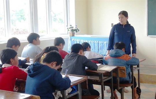Vụ cô giáo ép cả lớp tát học sinh 231 cái: Cô Thủy bất ngờ nhập viện cấp cứu trong tình trạng hoảng loạn