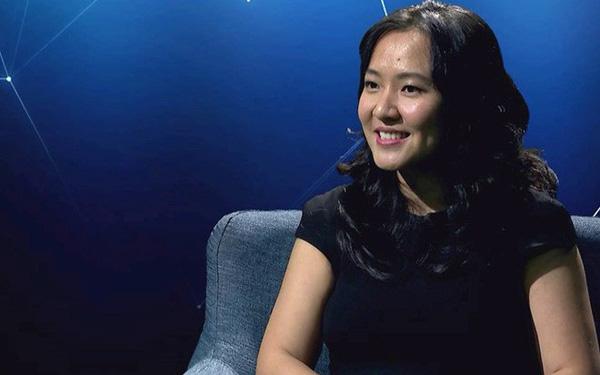 """""""Cô gái vàng"""" Lê Diệp Kiều Trang rời Facebook sau 9 tháng gia nhập"""