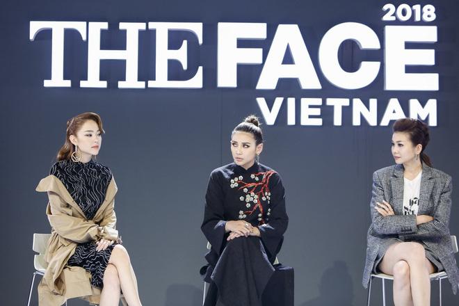 """The Face quá xịt, Minh Hằng - Võ Hoàng Yến cãi nhau chem chẻm trên truyền hình để """"cứu vớt"""""""