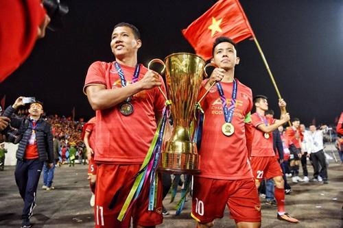 """Thầy Park """"chốt"""" 27 cầu thủ dự Asian Cup 2019: Sau Đình Trọng, Anh Đức và Văn Quyết vắng mặt"""