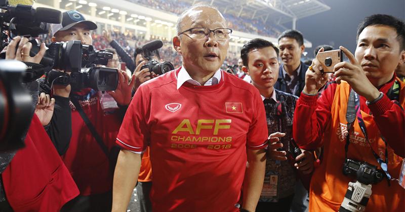Ảnh 2: VFF tăng lương cho thầy Park lên 1 tỷ đồng/tháng - We25.vn