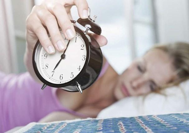 15 thói quen tưởng hữu ích nhưng lại cực kỳ ảnh hưởng xấu đến sức khỏe của bạn