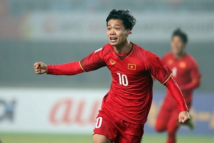 Quang Hải là chủ nhân Quả bóng vàng nhưng Công Phượng mới là cầu thủ ghi nhiều bàn nhất năm 2018