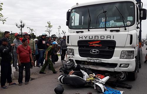 Khởi tố vụ xe container lao vào người chờ đèn đỏ: Tài xế nói có uống bia nhưng không nhận dùng hê-rô-in