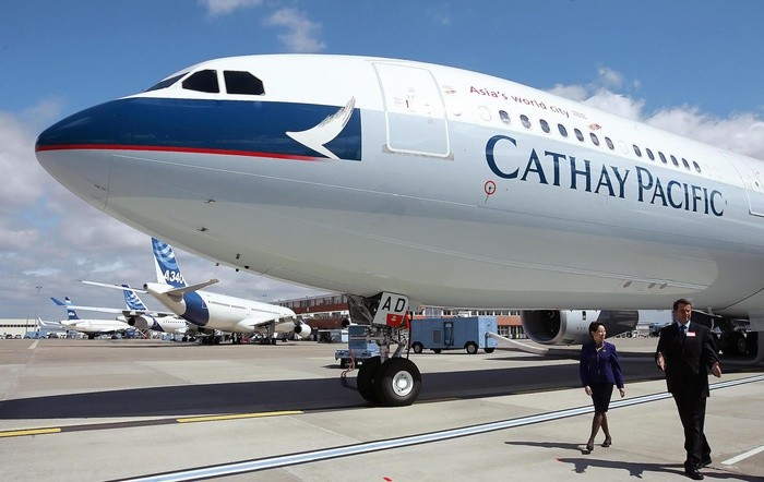 """Lỗi kỹ thuật bán nhầm vé hạng thương gia """"rẻ như cho"""", Cathay Pacific tuyên bố """"đó là món quà"""""""
