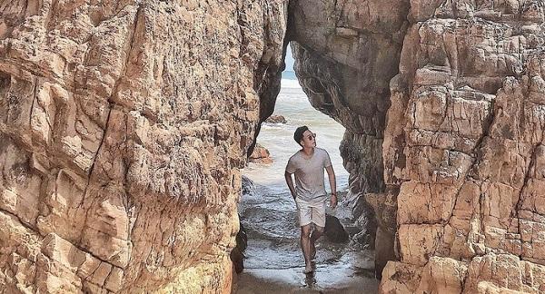 """Đi ngay kẻo lỡ bãi biển """"độc nhất"""" Quảng Bình với cái tên kỳ lạ nhất Việt Nam"""