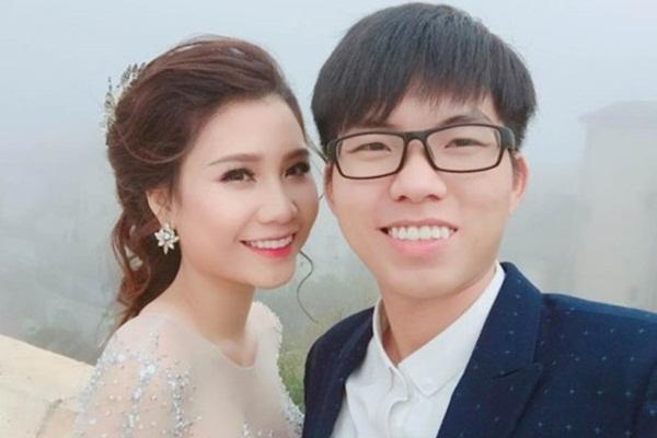 """Bất ngờ trước câu trả lời """"siêu tỉnh"""" của chồng Thanh Trần khi được hỏi """"sao không đi đón vợ về mà chỉ nằm nhà đợi"""""""