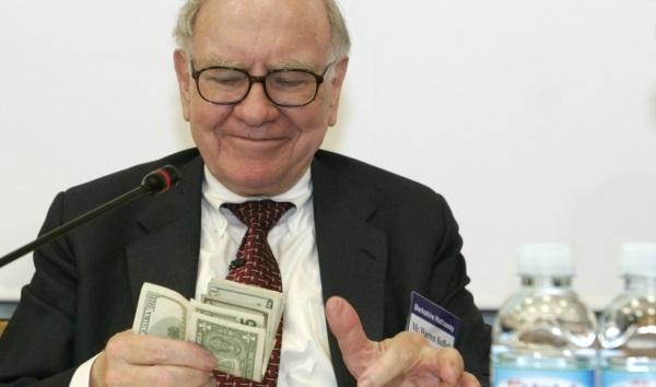 Tỷ phú Warren Buffett mách người trẻ cách tăng gấp rưỡi tài sản cực đơn giản