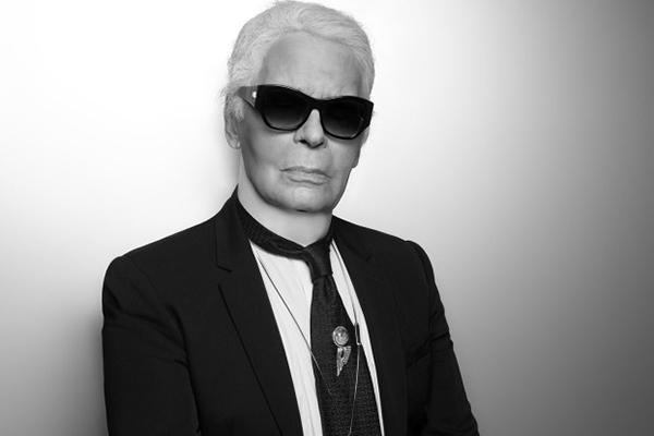 """Người đàn ông """"quyền lực"""" nhất của Chanel - Karl Lagerfeld đã qua đời ở tuổi 85"""